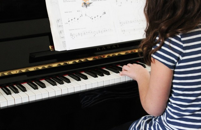 Study: Music supports the auditory skills of hearing-impaired children